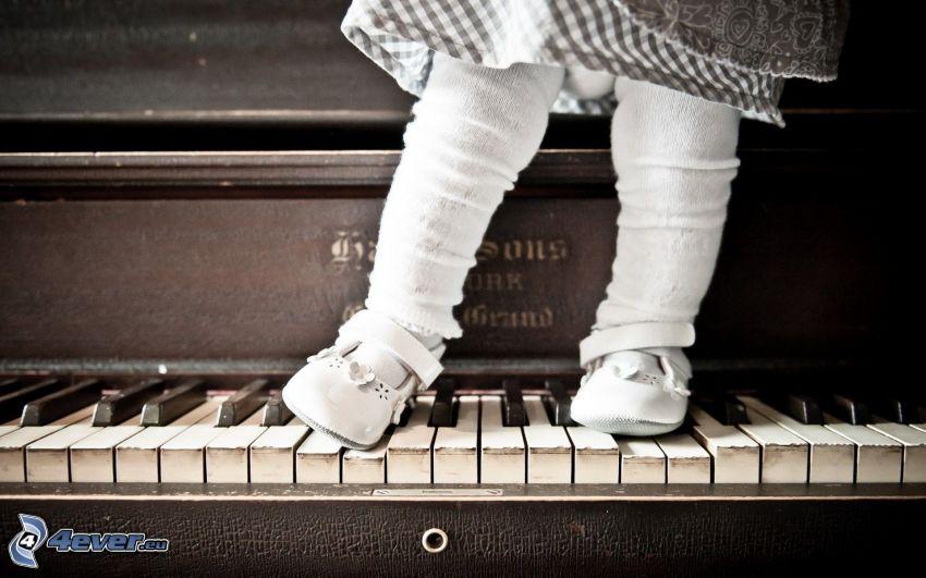 fötter, flicka, piano