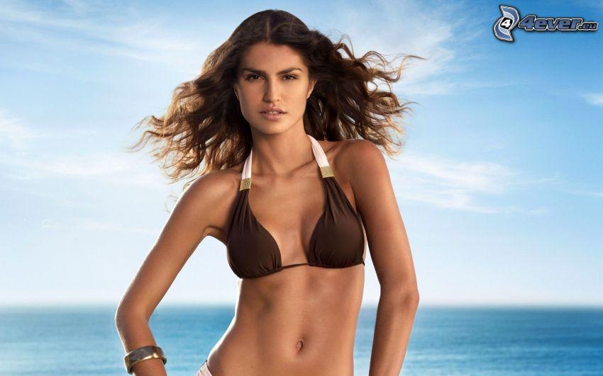 Juliana Martins, modell, kvinna i baddräkt, brunett