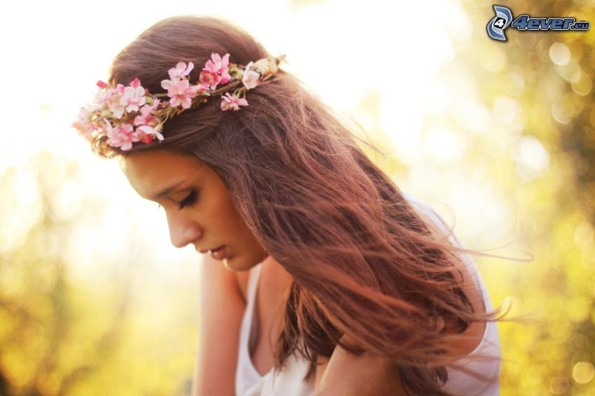 kvinna, rosa blommor
