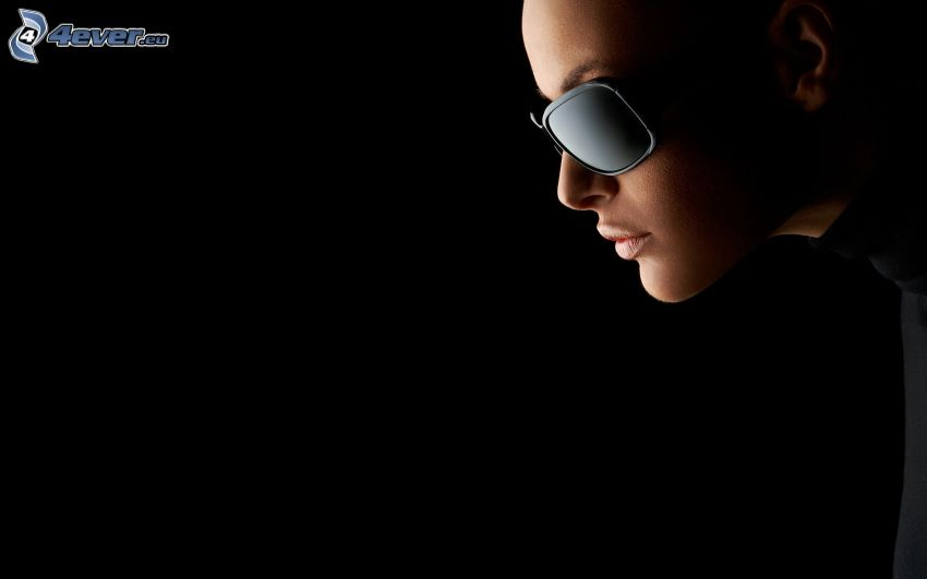 kvinna, solglasögon
