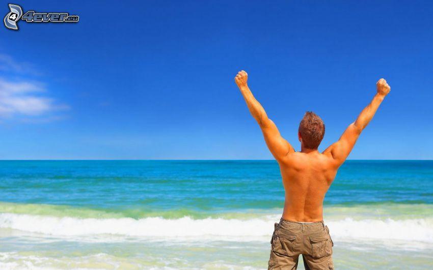 man, hav, blå himmel