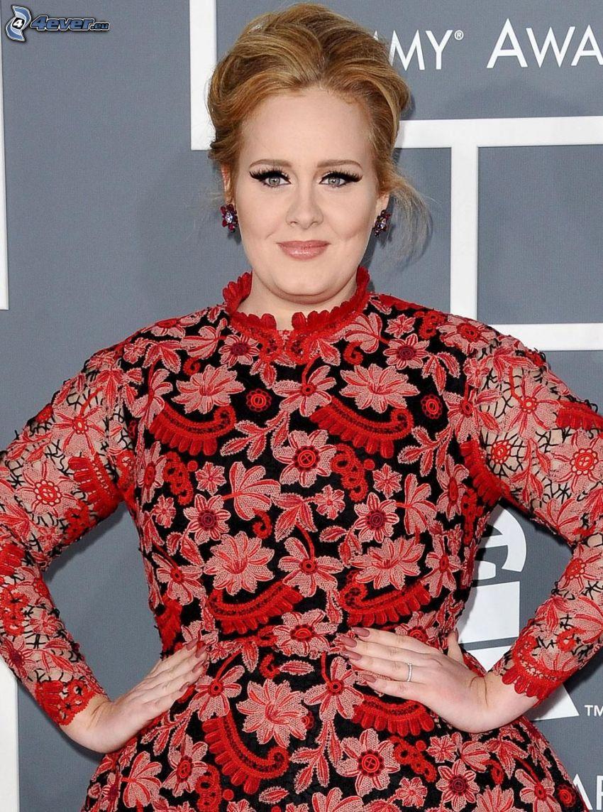 Adele, röd klänning, blommig klänning