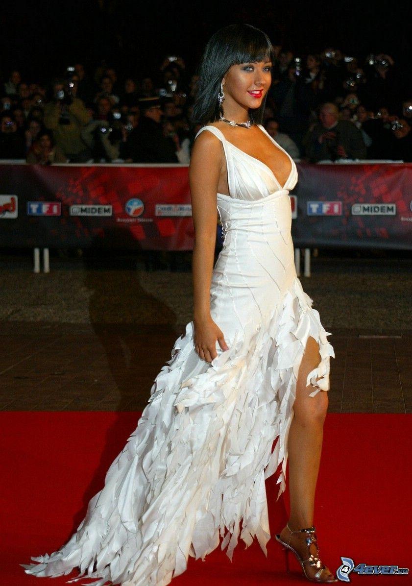 Christina Aguilera, vit klänning