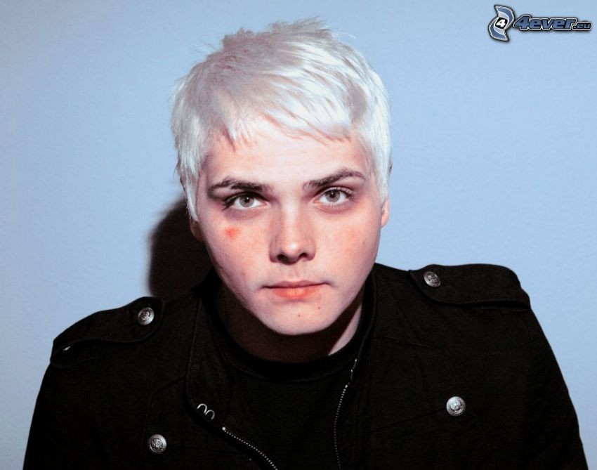 Gerard Way, grått hår