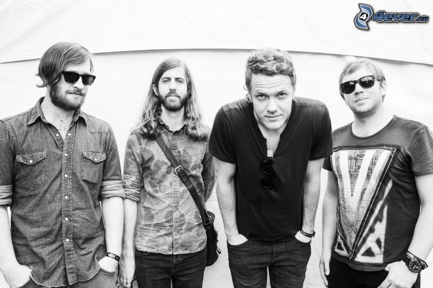 Imagine Dragons, svartvitt foto