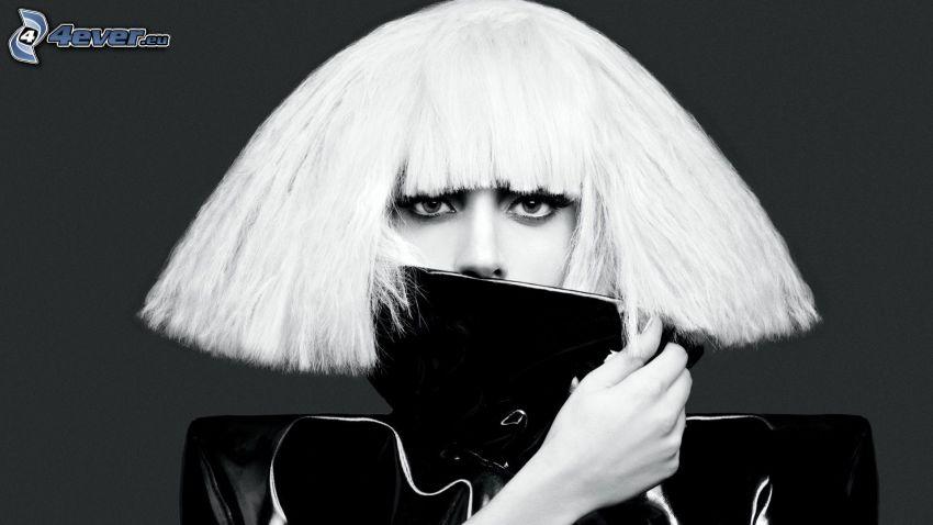 Lady Gaga, svartvitt foto