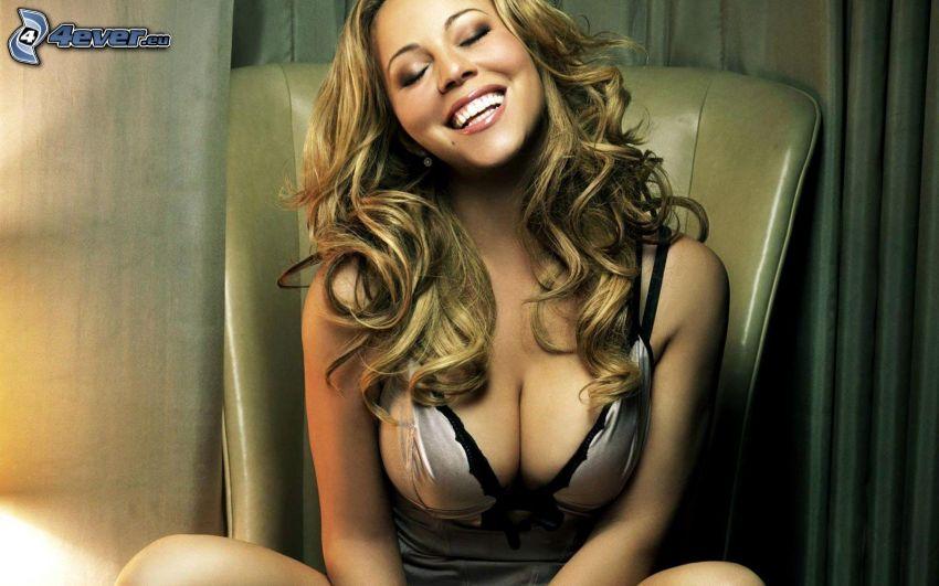 Mariah Carrey, leende