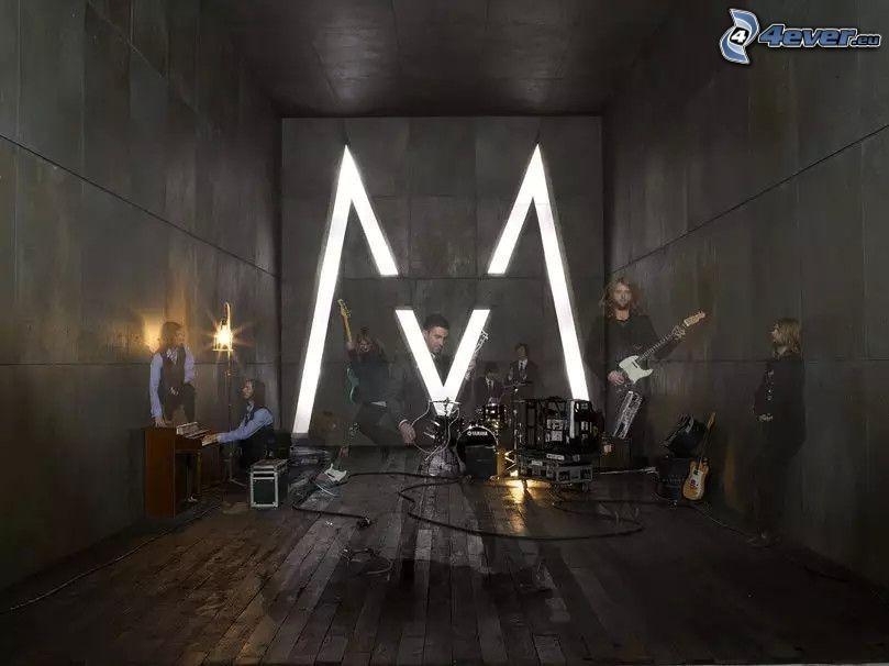 Maroon 5, M, musikband