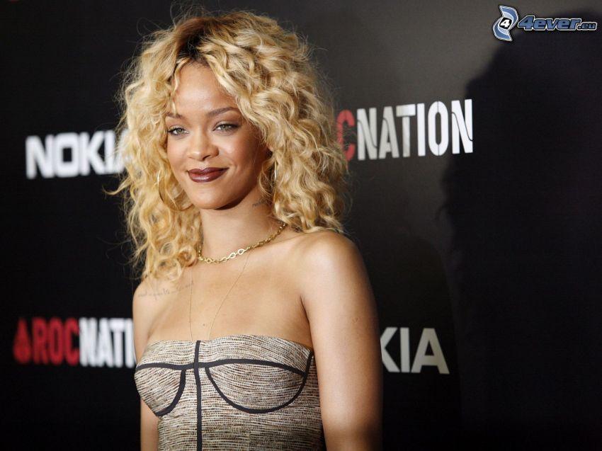 Rihanna, blondin
