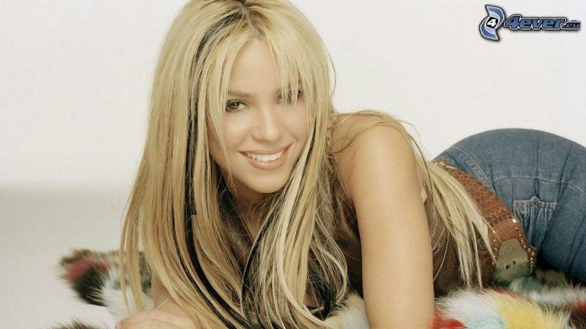 Shakira, leende