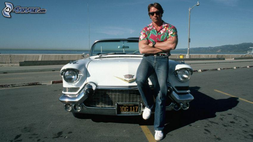 Arnold Schwarzenegger, veteran