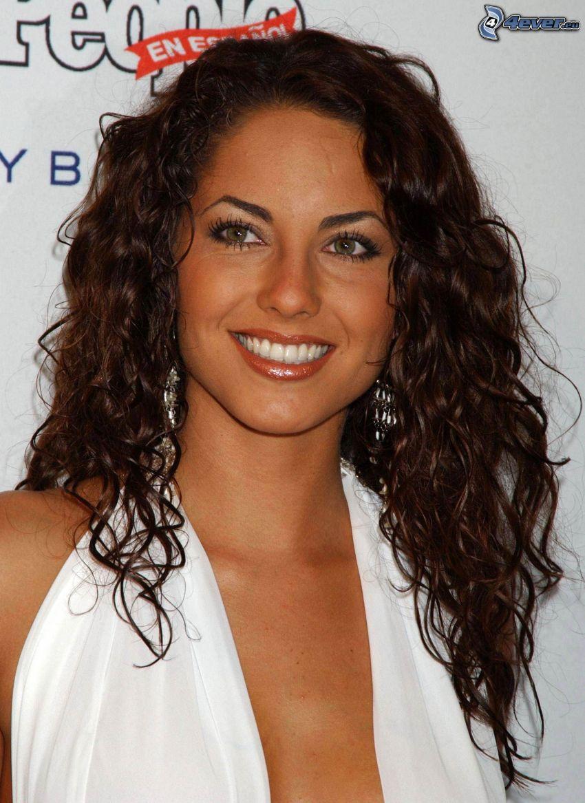 Barbara Mori, leende, lockigt hår