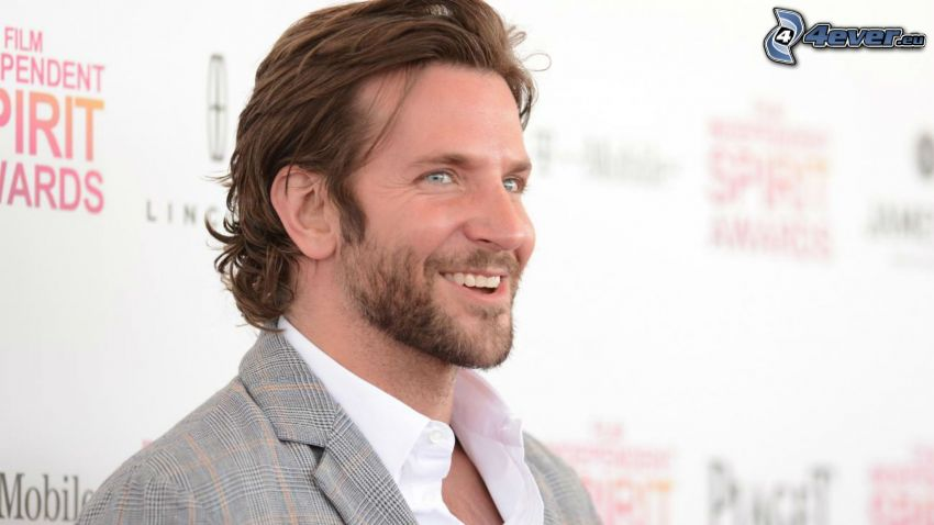 Bradley Cooper, skratt