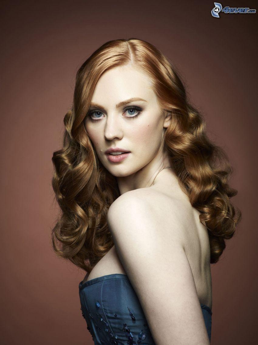 Deborah Ann, lockigt hår