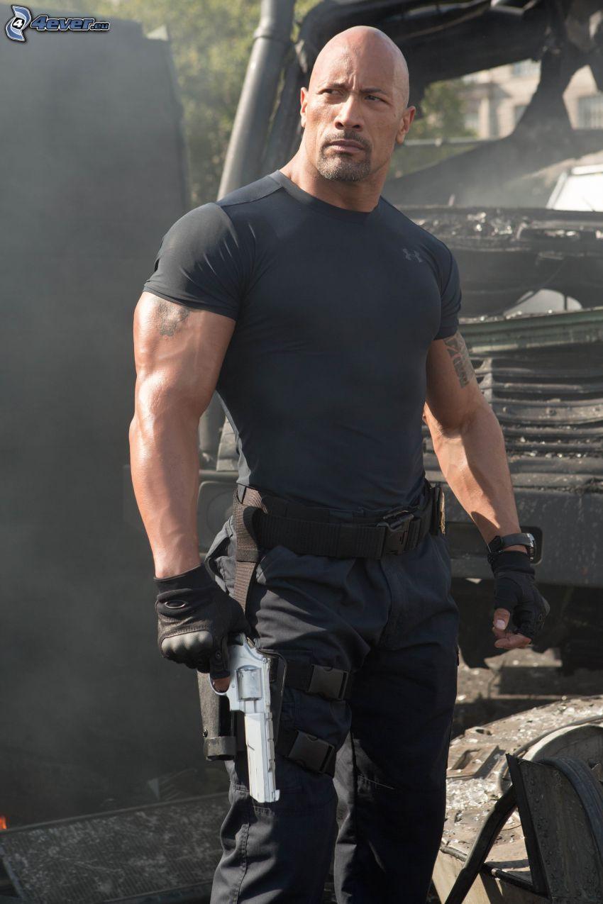 Dwayne Johnson, man med vapen
