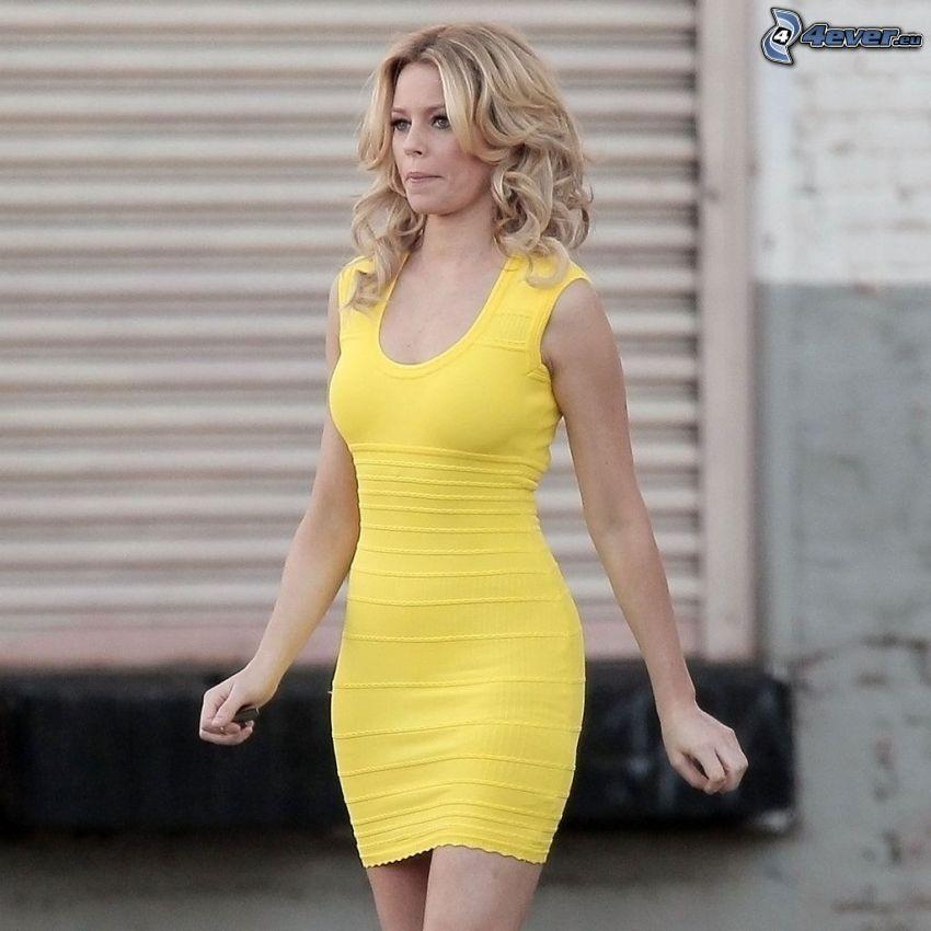 Elizabeth Banks, gul klänning