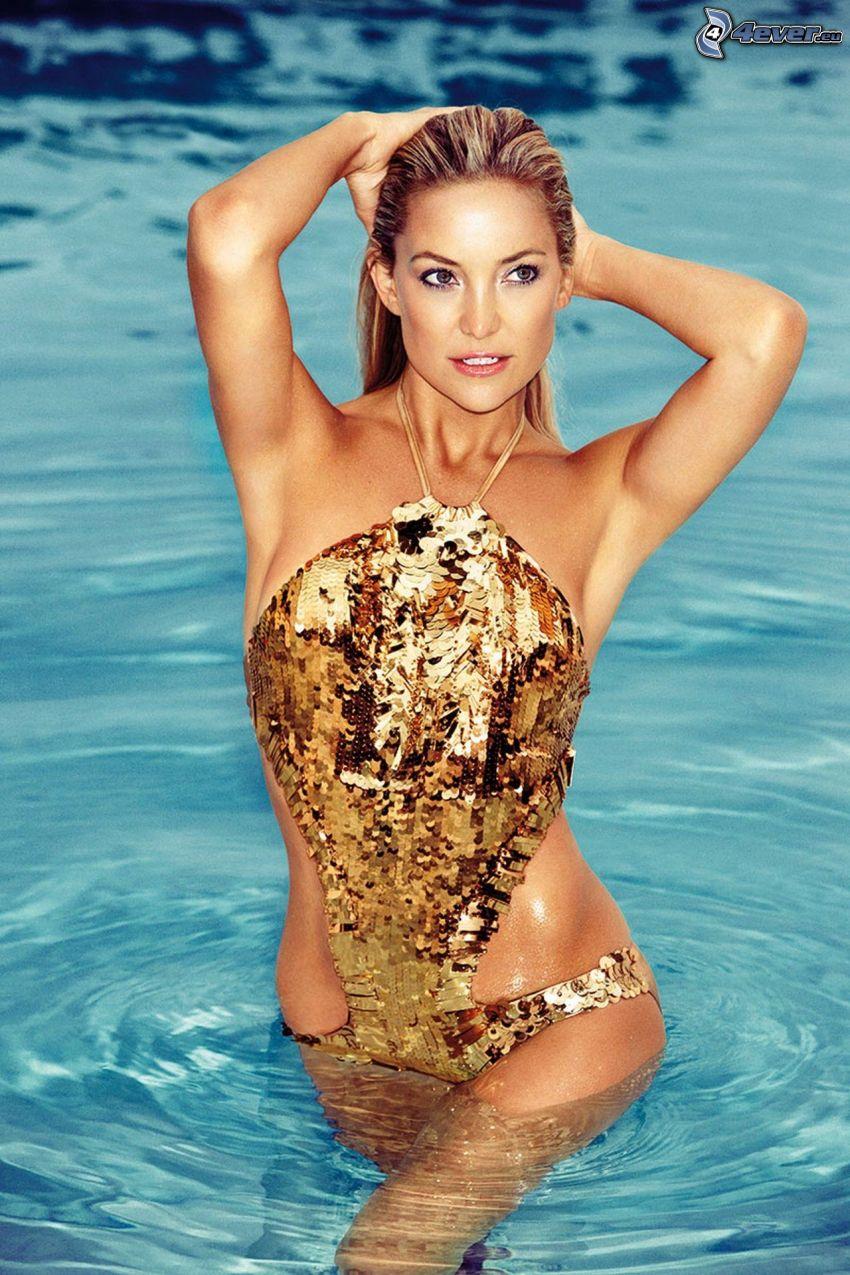 Kate Hudson, baddräkt, kvinna i vatten