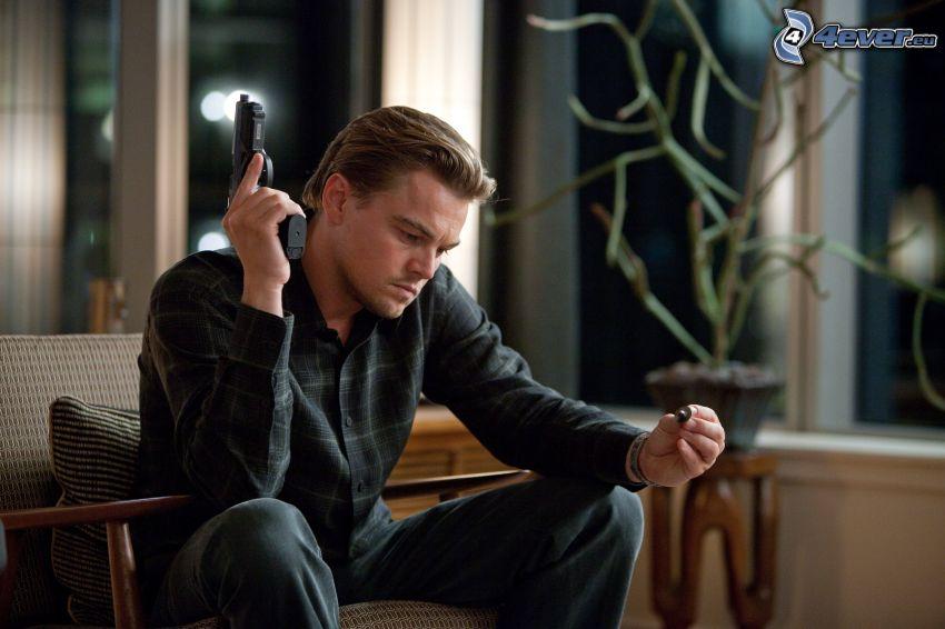 Leonardo DiCaprio, man med vapen