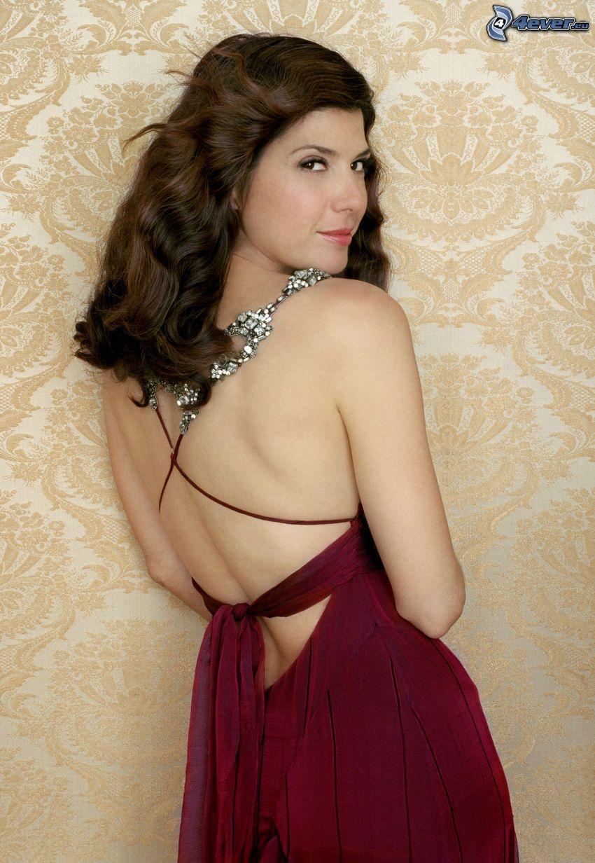 Marisa Tomei, lila klänning