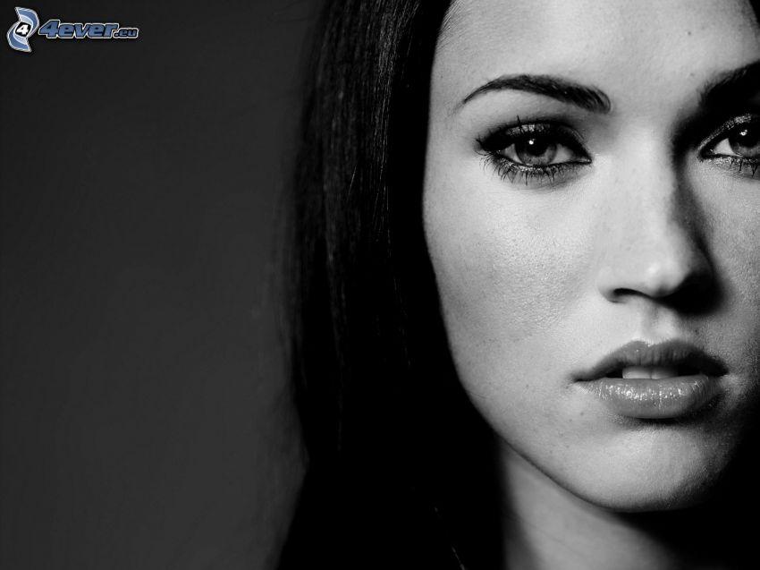 Megan Fox, svartvitt foto