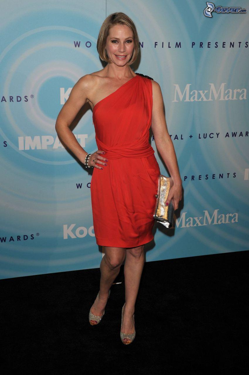 Meredith Monroe, röd klänning