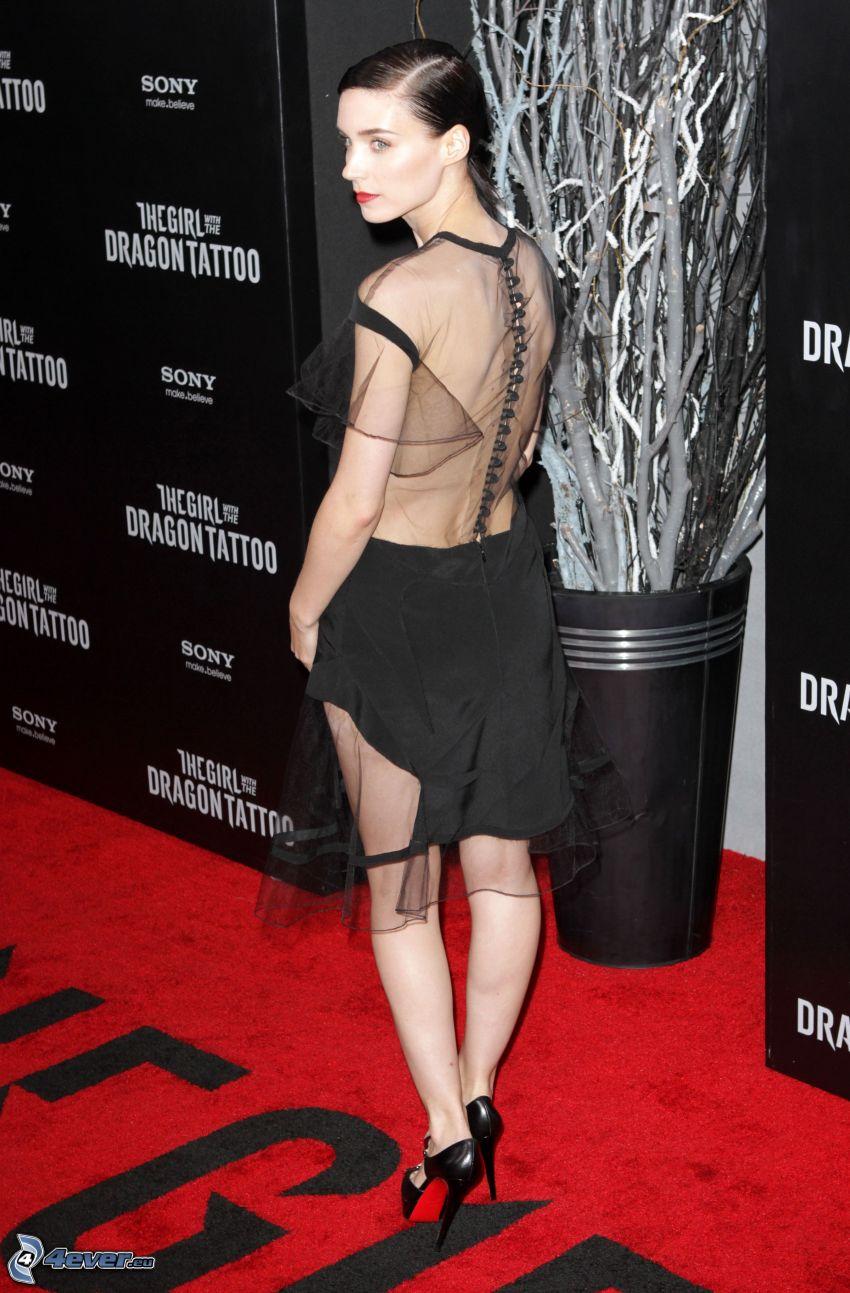 Rooney Mara, svart klänning