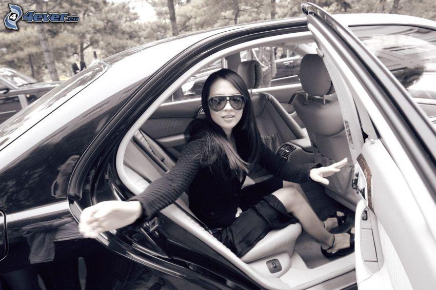 Zhang Ziyi, solglasögon, bil, svart och vitt