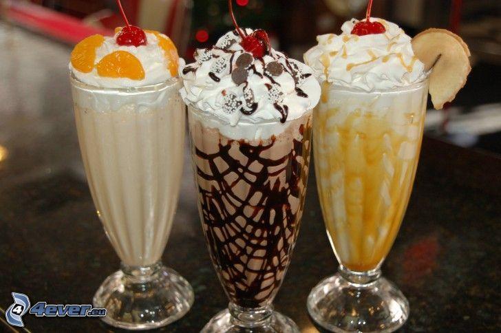 milk shake, choklad, grädde, mandariner