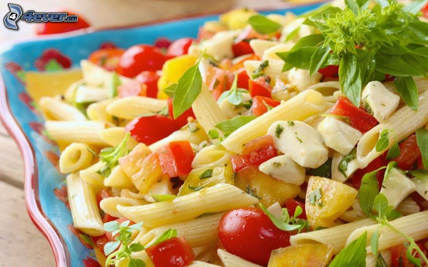 pastasallad, penne, tomater