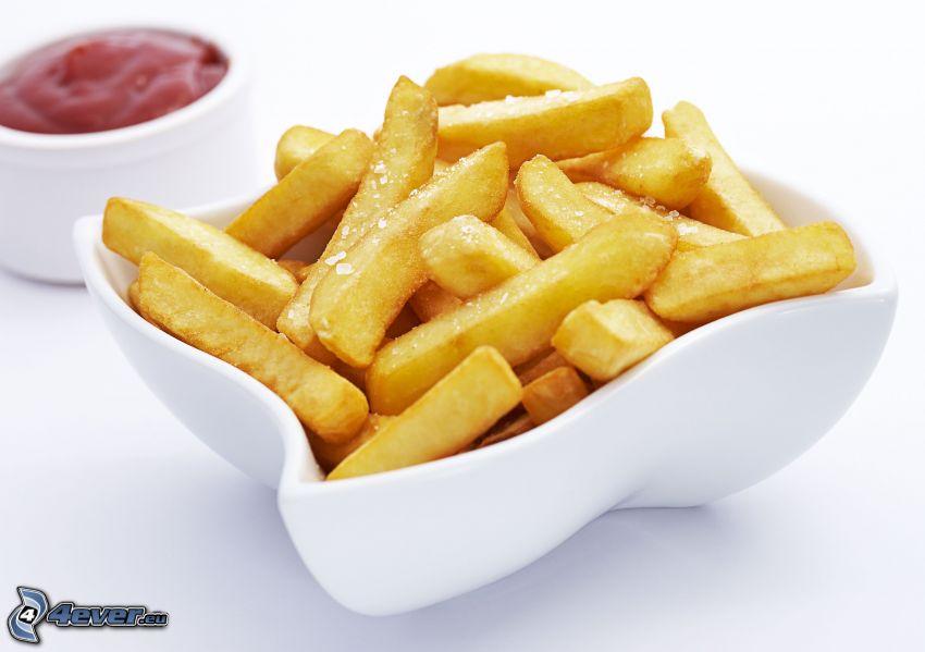 pommes frites, ketchup