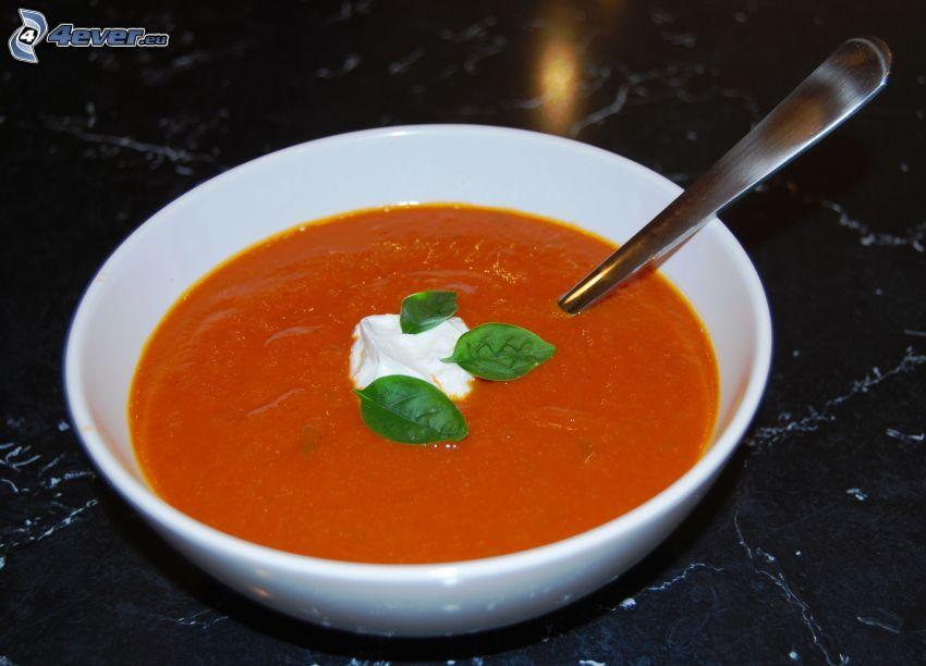 tomatsoppa, grädde, basilika