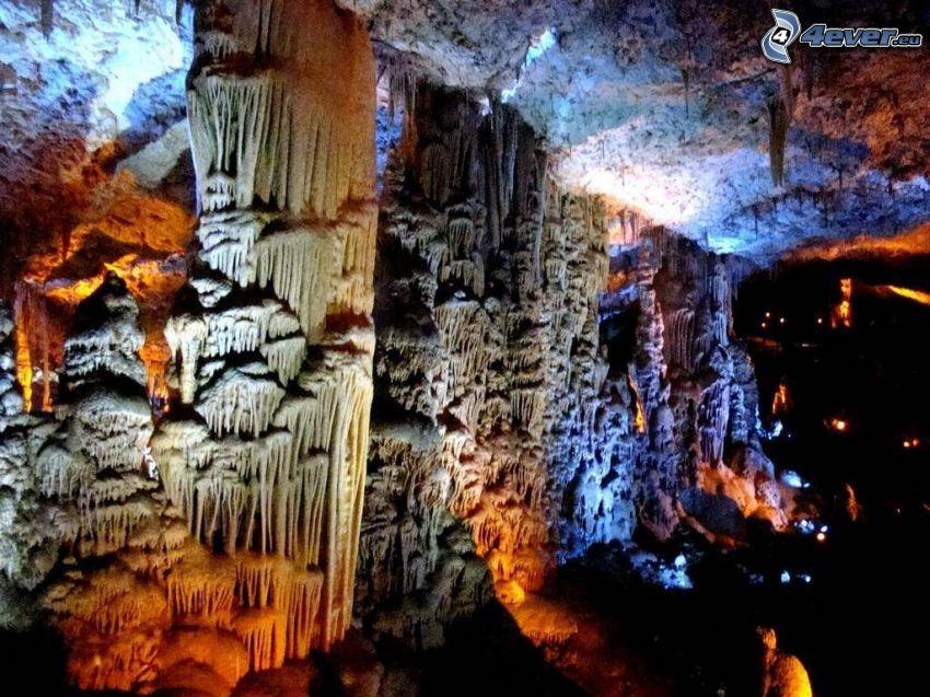 Avshalom, grotta, stalaktiter