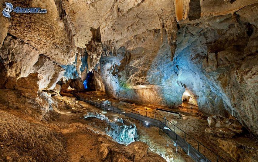 Avshalom, grotta, trottoar