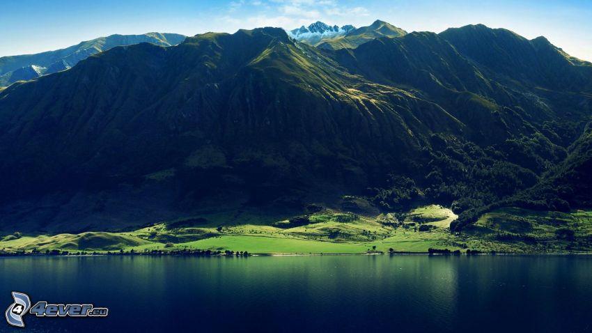 berg, sjö