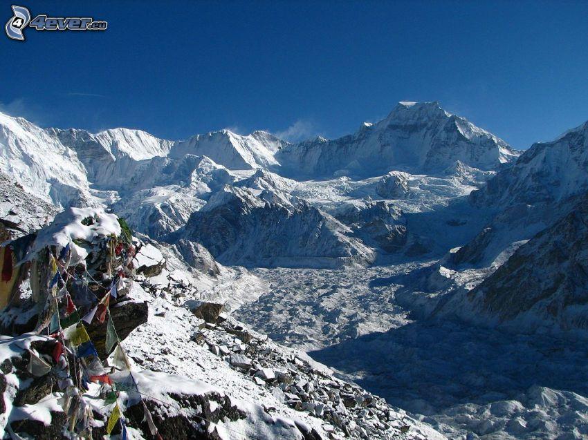 Cho Oyu, snöig bergskedja