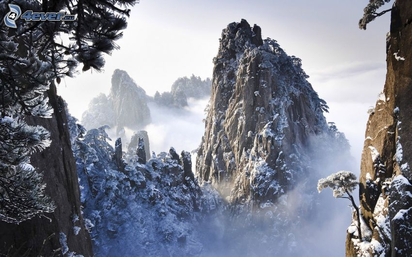 Huangshan, klippiga berg, snöklädda berg