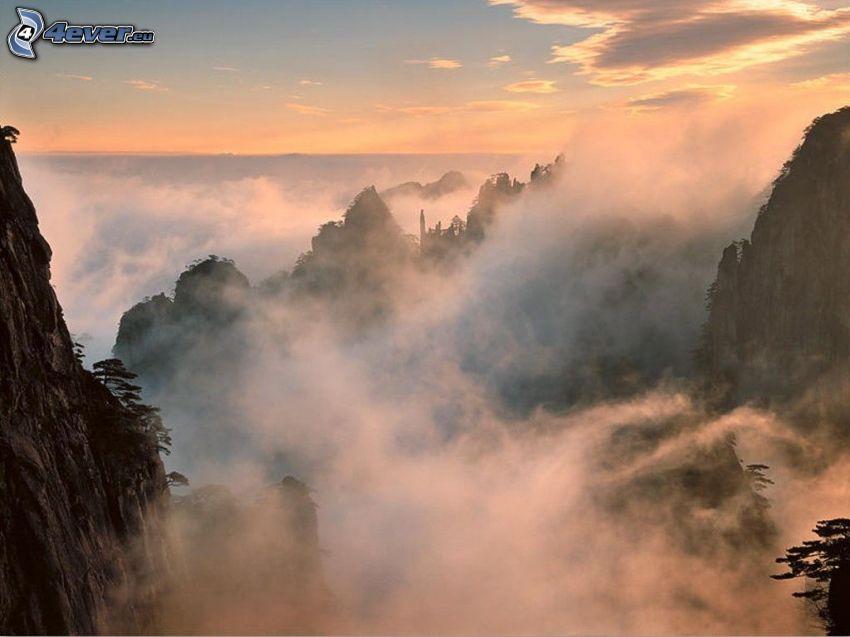 kinesisk natur, kullar, dimma