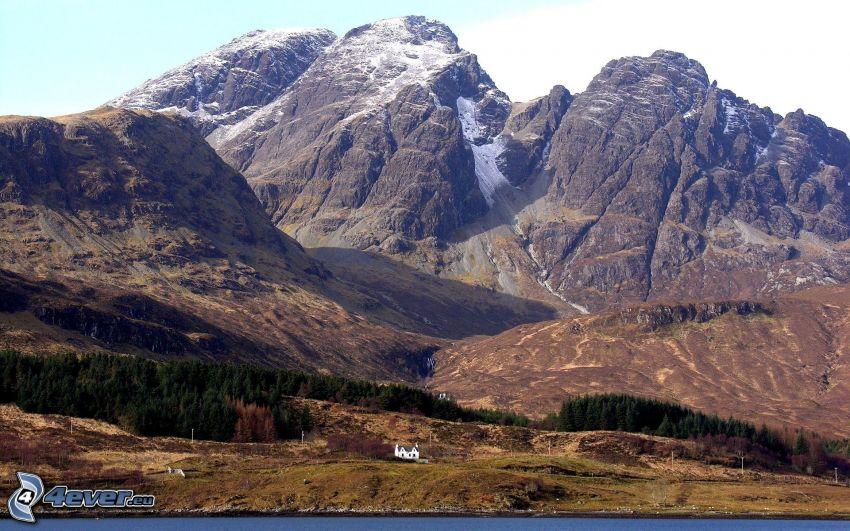 klippiga berg, Skottland