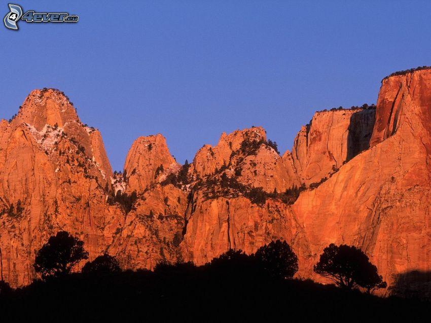 klippor, kullar, himmel