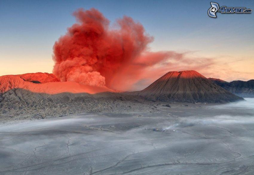 Kronotsky vulkanen, vulkaniskt moln