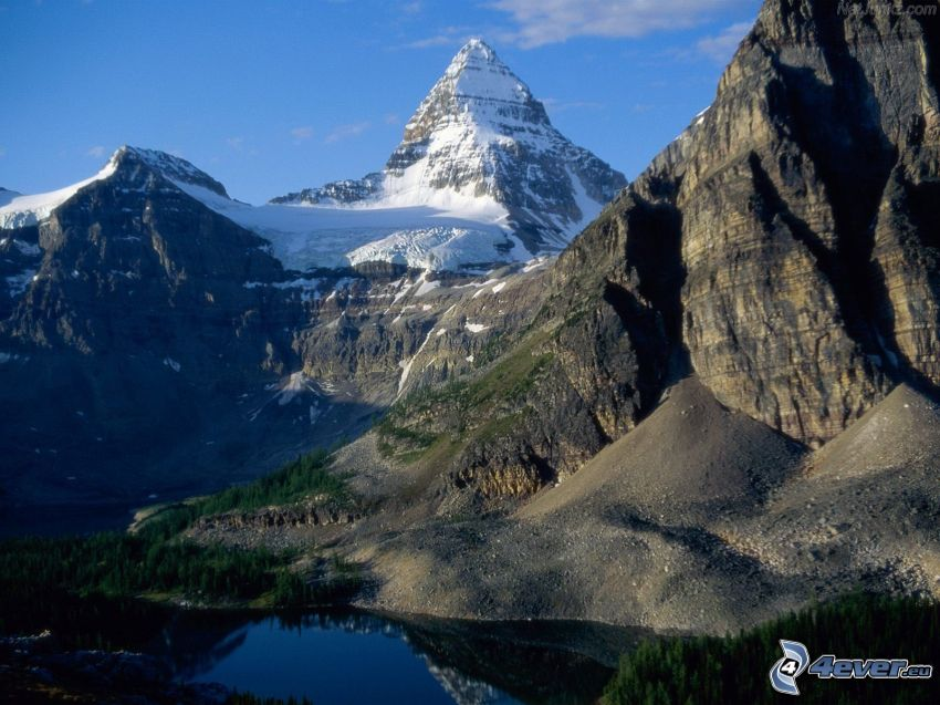 Mount Assiniboine, Provincial Park, British Columbia, berg, klippor, kullar, snö, tjärn