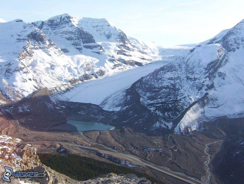 Mount Athabasca, snöig bergskedja