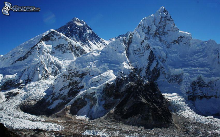 Mount Everest, snöigt berg