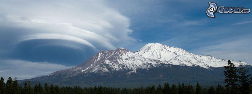 Mount Shasta, snöigt berg, moln