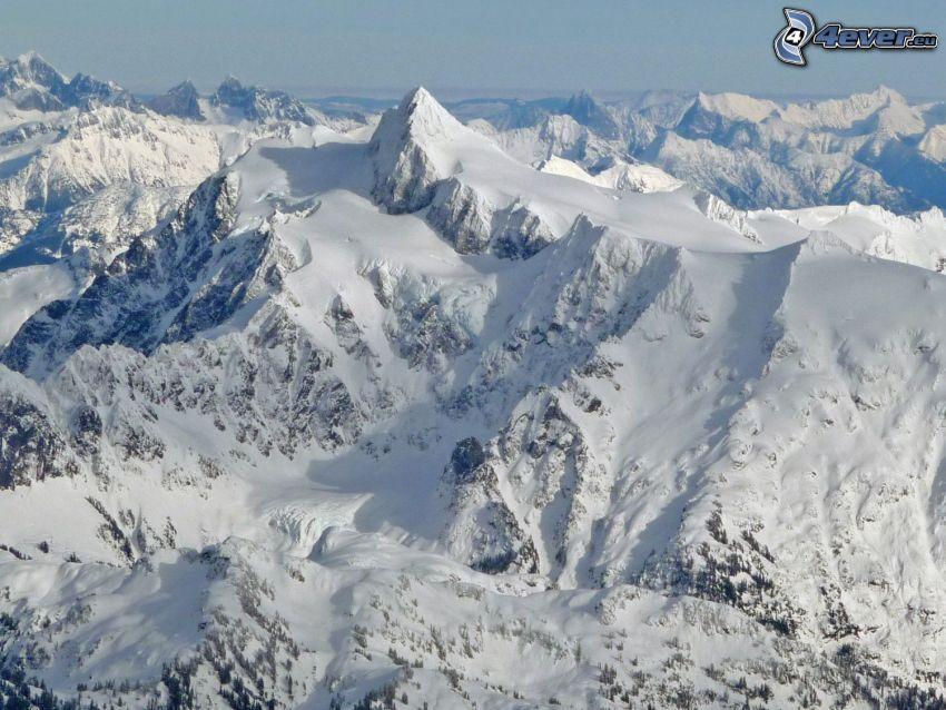 Mount Shuksan, snöig bergskedja