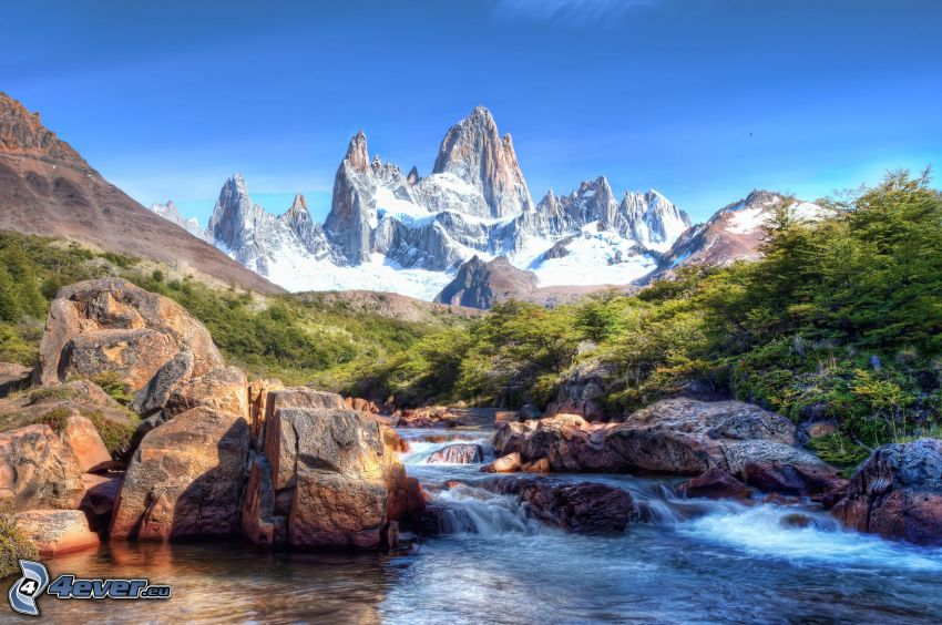 snöklädda berg, klippor, flod, Argentina