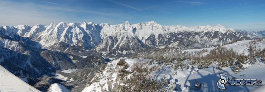 Totes Gebirge, snöig bergskedja