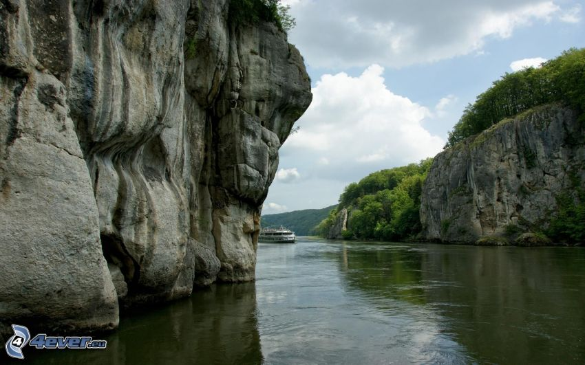 flod, klippor, fartyg