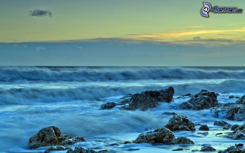 hav, klippor i havet