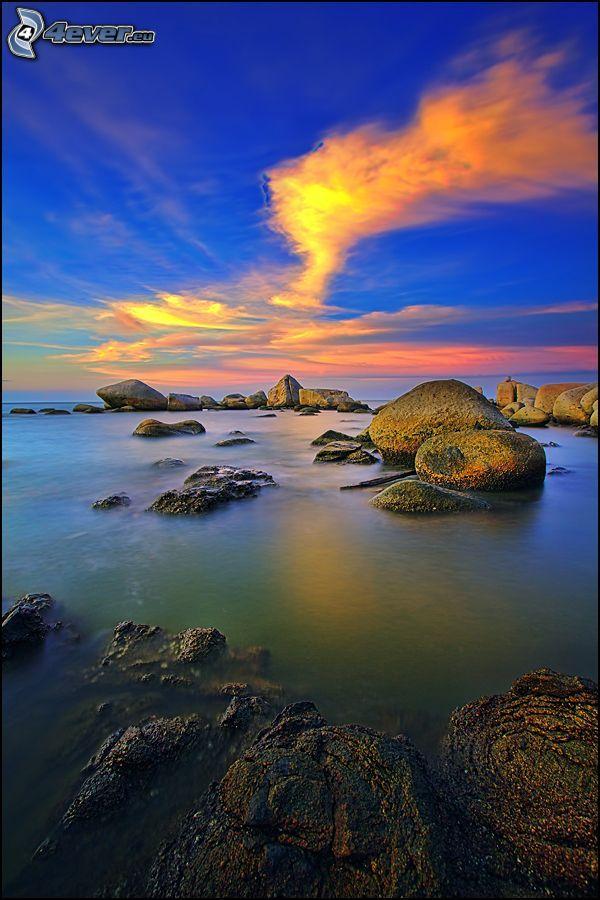 klippor i havet, soluppgång